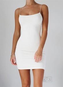 Sukienka Sandbella z okrągłym dekoltem bodycon mini