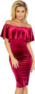 Czerwona sukienka NUMOCO midi z krótkim rękawem