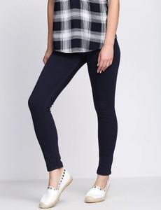 Granatowe jeansy Multu w street stylu z jeansu
