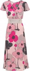 Sukienka POTIS & VERSO prosta z krótkim rękawem z dekoltem w kształcie litery v