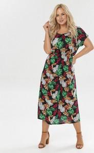 Sukienka born2be w stylu casual z okrągłym dekoltem maxi