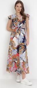 Sukienka born2be z krótkim rękawem z dekoltem w kształcie litery v