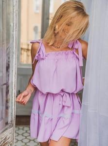 Sukienka SELFIEROOM w stylu casual na ramiączkach