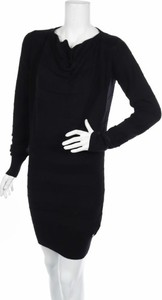 Czarna sukienka Bench z długim rękawem