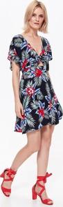 Sukienka Top Secret rozkloszowana mini w stylu casual