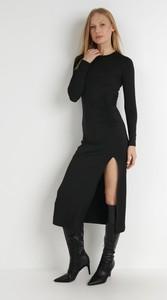 Sukienka born2be w stylu casual z dzianiny z długim rękawem