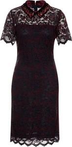 Sukienka Laurèl dopasowana