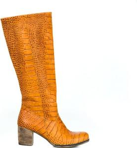 Pomarańczowe kozaki Zapato ze skóry w stylu boho na obcasie