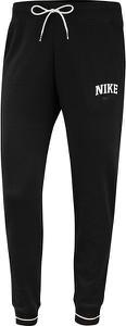 Spodnie sportowe Nike z dresówki