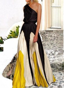 Sukienka Sandbella maxi asymetryczna z dekoltem w kształcie litery v