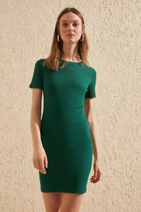 Sukienka Trendyol w stylu casual mini z krótkim rękawem