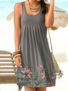 Sukienka Elegrina mini w stylu casual