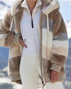Kendallme Pluszowy płaszcz z kapturem colorblock długim rękawem kurtka khaki