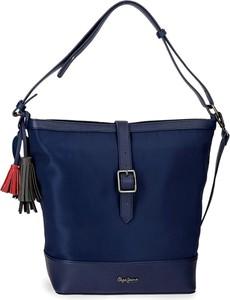 Niebieska torebka Pepe Jeans matowa na ramię