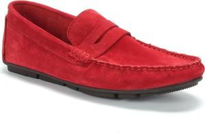 Czerwone półbuty Domeno z weluru
