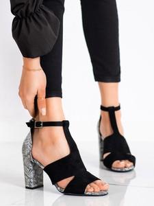 Sandały Czasnabuty z zamszu z klamrami