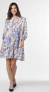 Niebieska sukienka Marie Lund z długim rękawem
