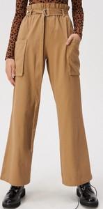 Żółte spodnie Sinsay w stylu casual