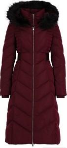 Czerwony płaszcz Guess