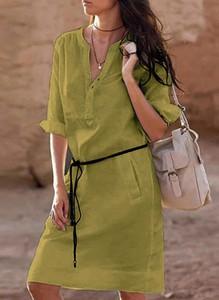 Zielona sukienka Cikelly midi z dekoltem w kształcie litery v
