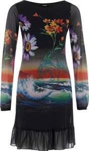 Sukienka Desigual z okrągłym dekoltem midi w stylu casual