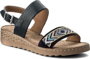 Sandały Lasocki na koturnie w stylu casual w geometryczne wzory
