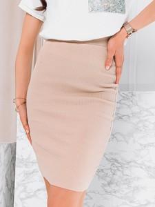 Różowa spódnica Edoti