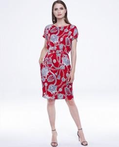 Czerwona sukienka L'AF w stylu casual z jedwabiu