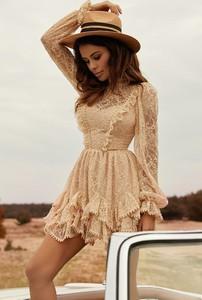 Sukienka LOU rozkloszowana w stylu boho mini