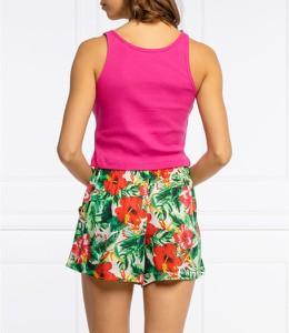 Różowy top Guess w młodzieżowym stylu z okrągłym dekoltem
