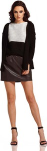 Czarny sweter Lemoniade