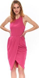 Różowa sukienka Top Secret z okrągłym dekoltem midi