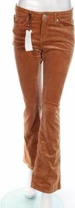 Brązowe spodnie ZARA ze sztruksu w stylu casual