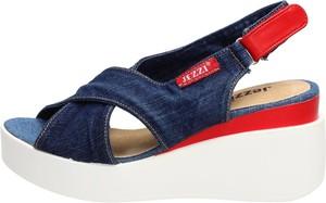 Granatowe sandały Suzana w stylu casual ze skóry