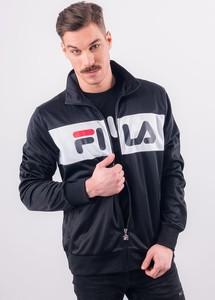 Kurtka Fila w młodzieżowym stylu