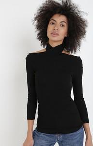 Czarna bluzka born2be w stylu casual z długim rękawem