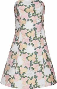 Sukienka Smashed Lemon w stylu casual trapezowa