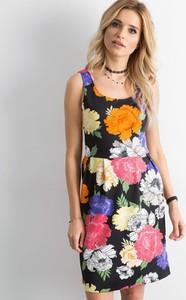 Sukienka Sheandher.pl w stylu casual mini z okrągłym dekoltem