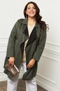 Zielony płaszcz Curvy Lady w stylu casual