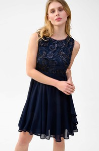 Sukienka ORSAY bez rękawów z okrągłym dekoltem rozkloszowana