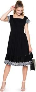 Czarna sukienka L'AF trapezowa