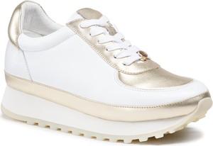 Buty sportowe Eva Longoria w sportowym stylu sznurowane na platformie