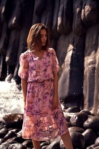 Różowa sukienka Style z tkaniny