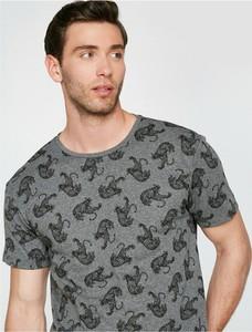 T-shirt Koton z bawełny z krótkim rękawem w młodzieżowym stylu
