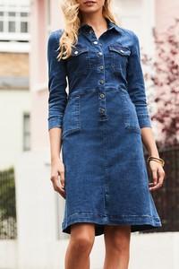 Niebieska sukienka IVET z jeansu w stylu casual