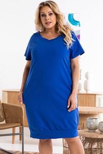 Niebieska sukienka KARKO w stylu casual z krótkim rękawem z dekoltem w kształcie litery v