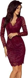 Fioletowa sukienka NUMOCO dopasowana z dekoltem w kształcie litery v midi