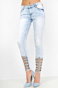 Jeansy Zoio z jeansu w street stylu