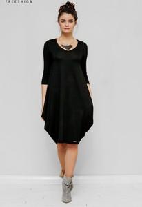 Czarna sukienka Freeshion z długim rękawem z okrągłym dekoltem