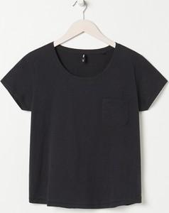 Czarny t-shirt Sinsay z okrągłym dekoltem